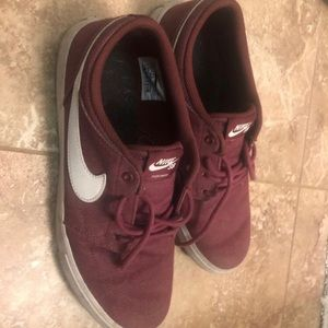 Nike Shoes - Men's size 8.5 Nike SB sneakers